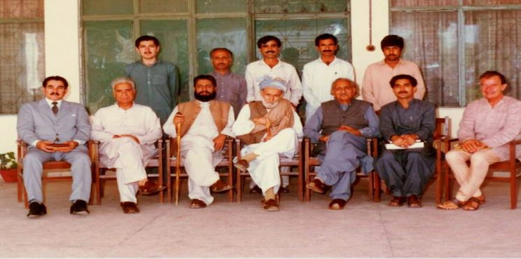 پشتو زبان کے شاعر، ادیب اور افسانہ نگار قلندر مومند کو بچھڑے  16برس ہوگئے